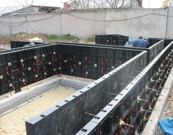 опалубка для монолитного строительства